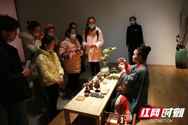 """湘博举办""""宋风·雅集""""全民慢生活公益宣传活动"""