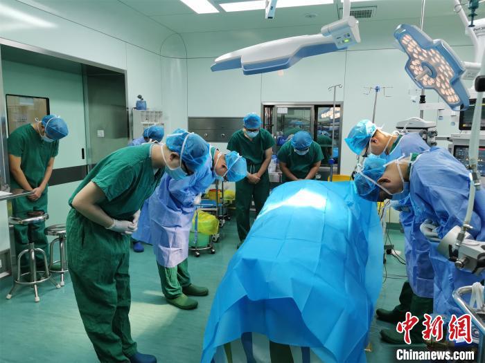 湖北一男子因病离世捐献器官挽救7人
